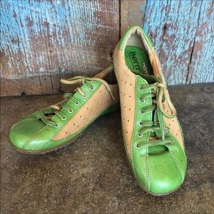 Born Hawkeye Green & Tan Leather Lace Up Shoes